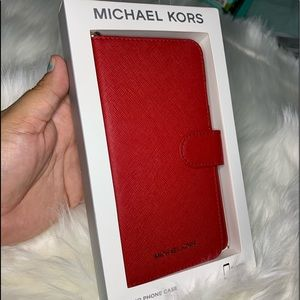 ‼️New‼️Michael Kors iPhone case with card holder